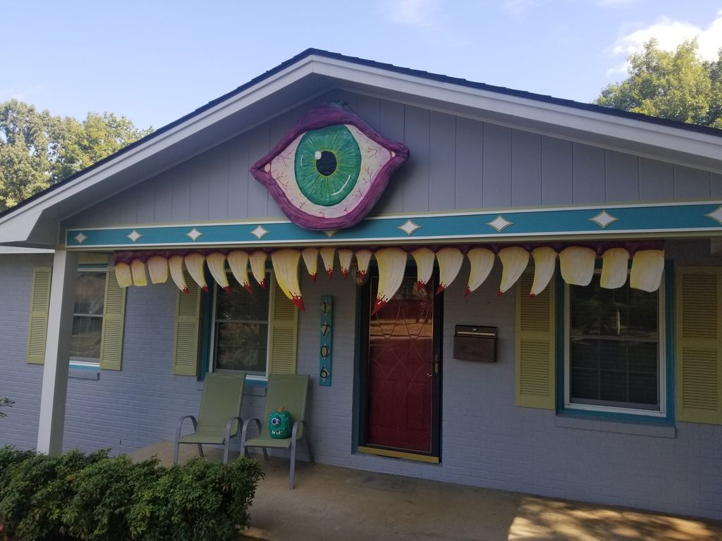 Picture of Monster House for Halloween