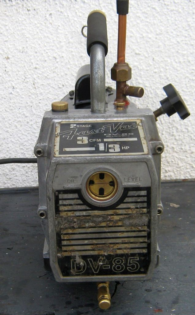 Picture of Repair and Rebuild a Deep Vacuum Pump, the JB Industries DV85.