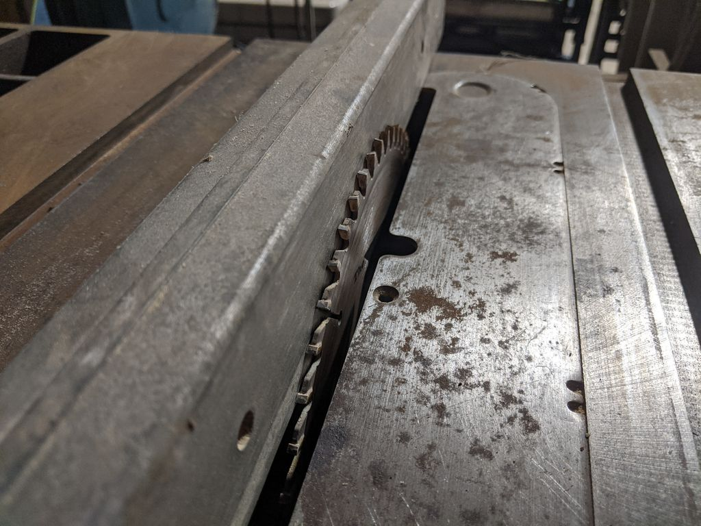 Picture of Ripping the Edges Square