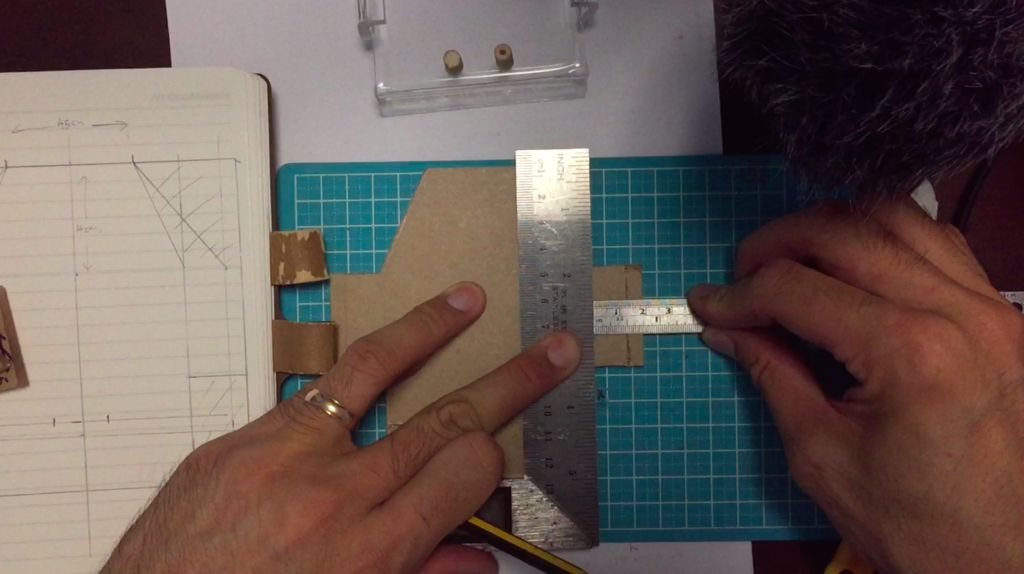 Picture of Add Scoring Line With Acrylic Knife