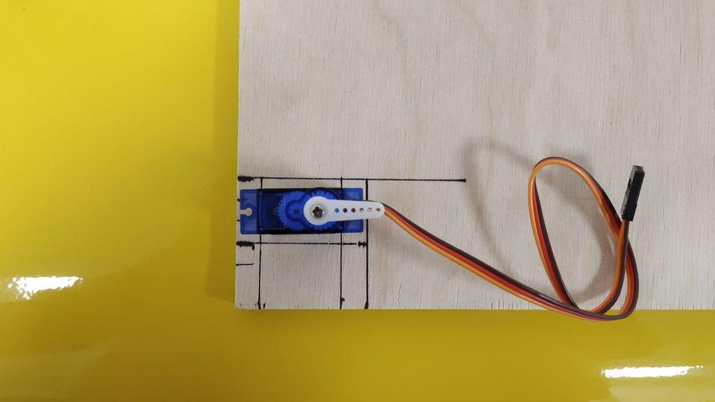 Picture of Electromechanic Lab Rat - the Servo Mount
