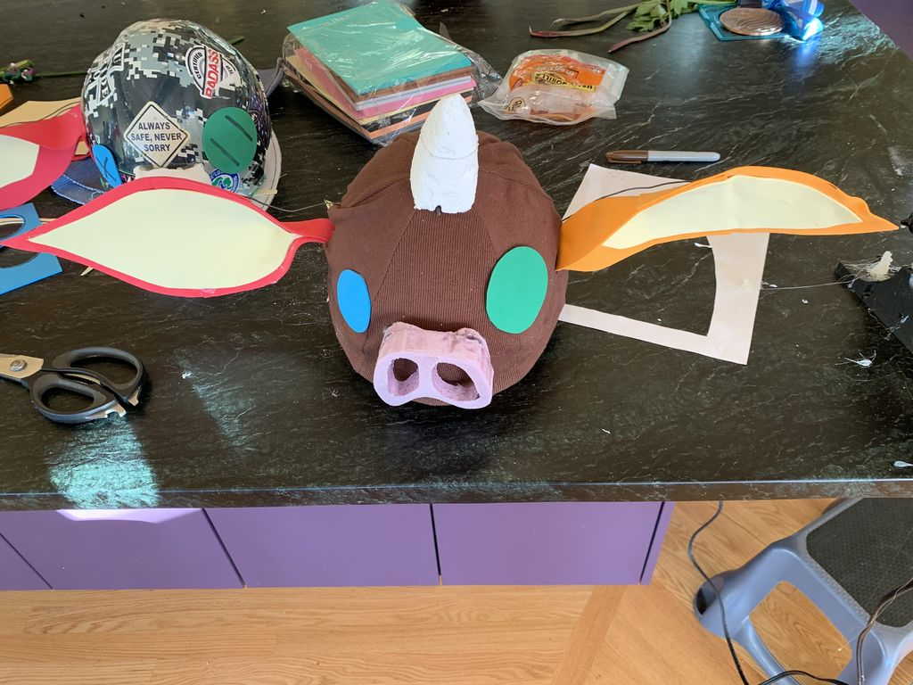Picture of Cut the Nose and Horn From Foam