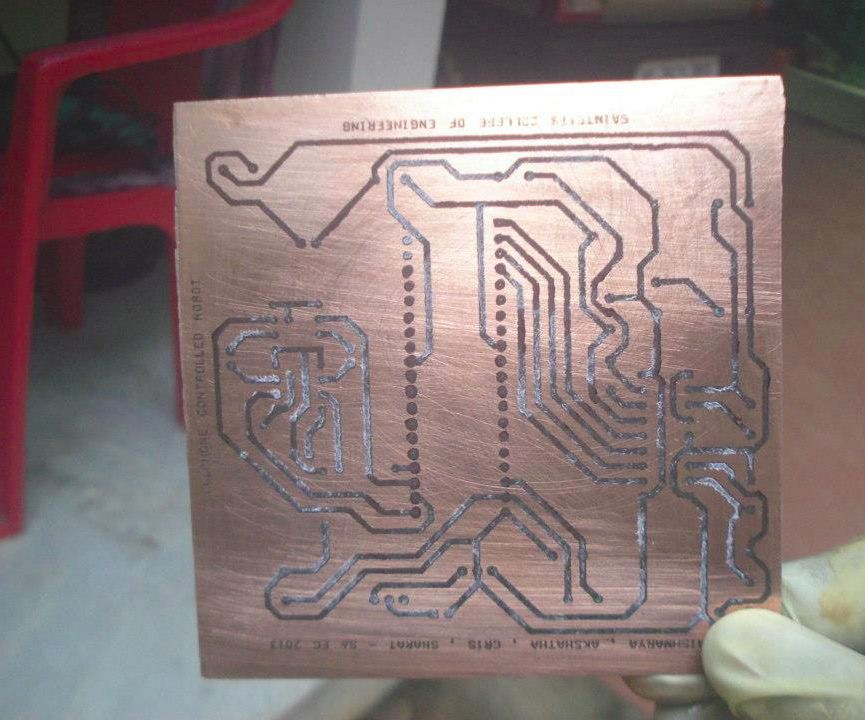 PCB Design for Cellphone Controlled Robot