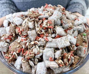 Christmas Puppy Chow | Muddy Buddies