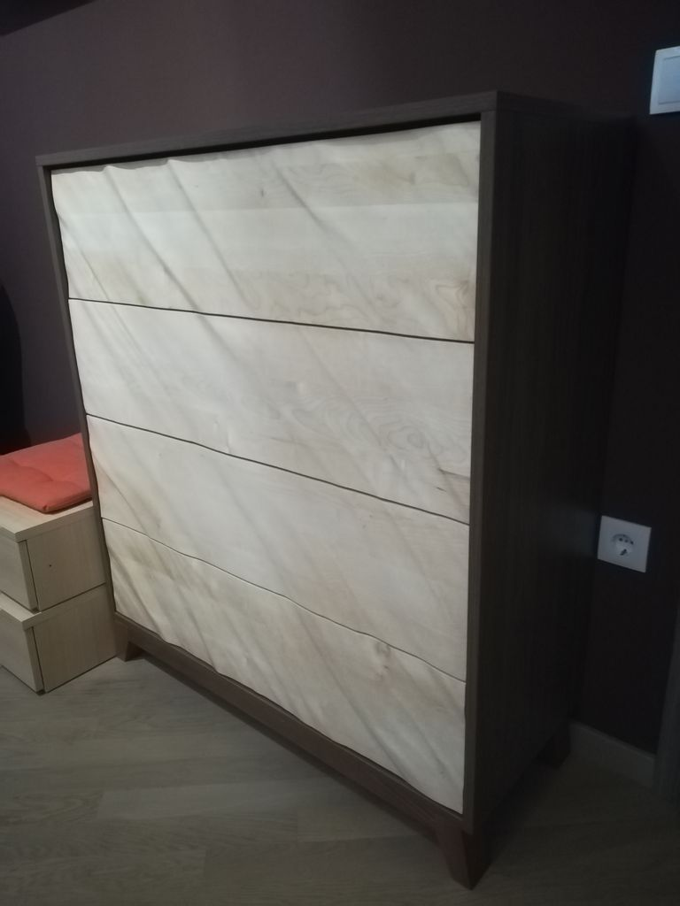 Picture of Chest of Drawers With 3D Fronts
