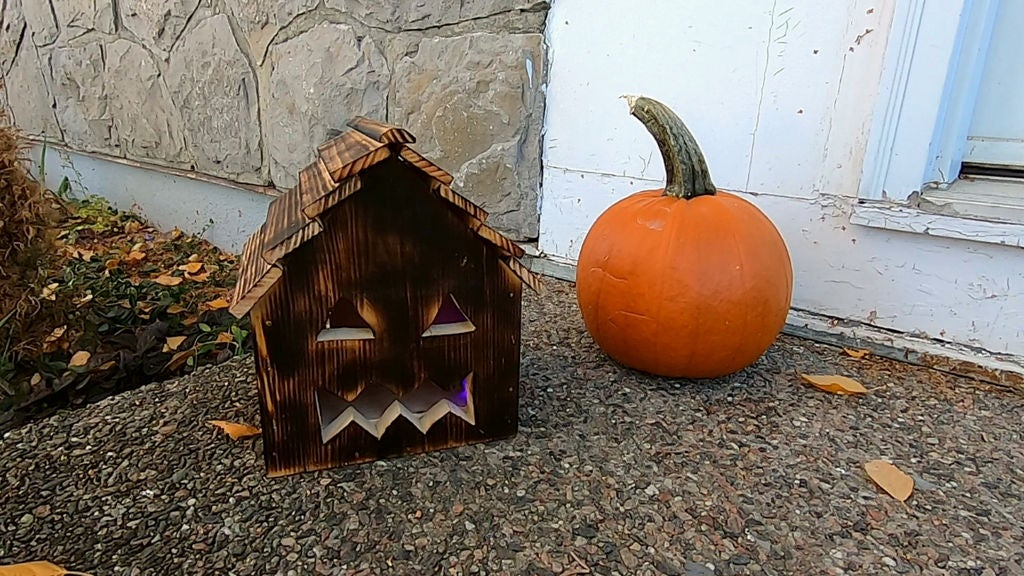 Picture of Jack's Haunted House O'Lantern