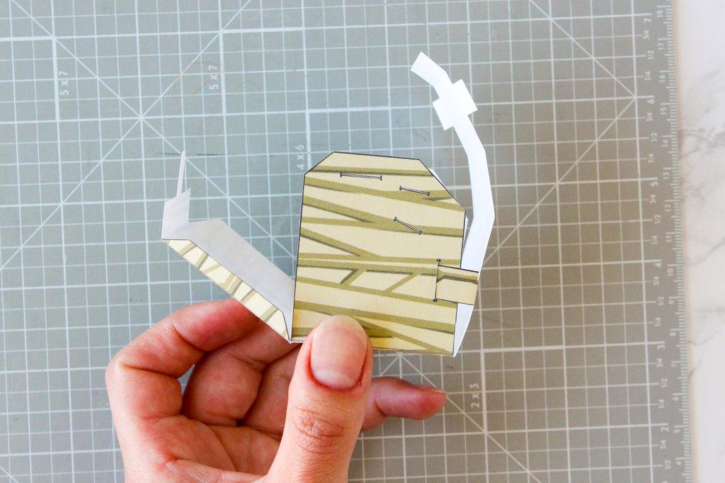 Picture of Pre-folding the Torso