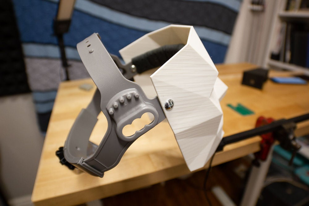Picture of Setting Up Head Mount