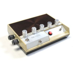 Dub Siren Synth - 555 Project V2