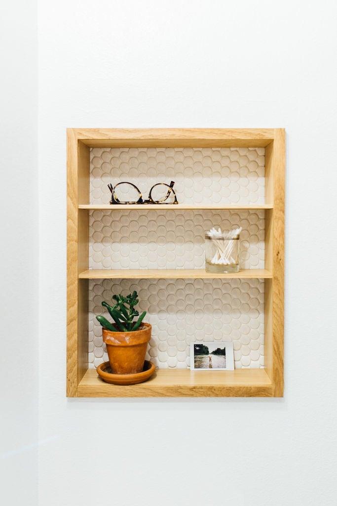 Picture of Modern Medicine Cabinet Makeover