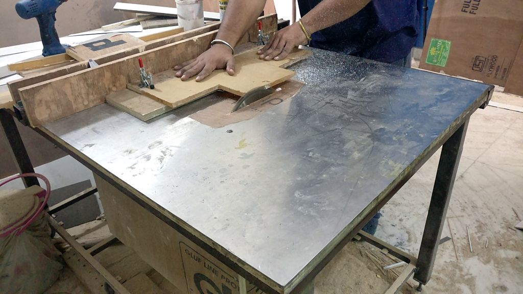 Picture of Cutting the Acrylic Strips