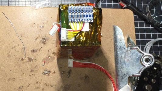 Using My DIY Lunch Box Battery Tab Welder I Built a 5S4P 7900mah Battery