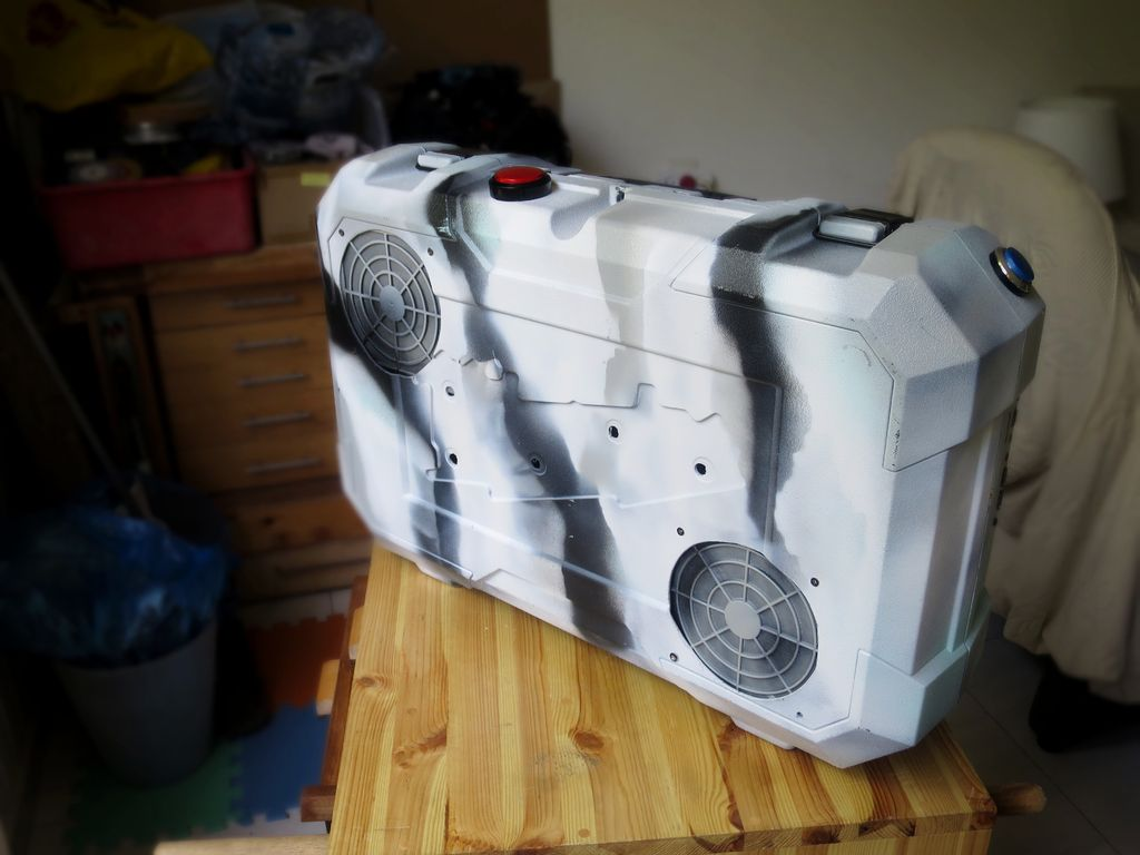 Picture of Portable Gaming PC in a Suitcase