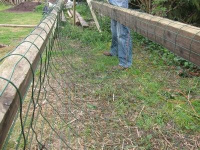 Install Garden Fence (support)