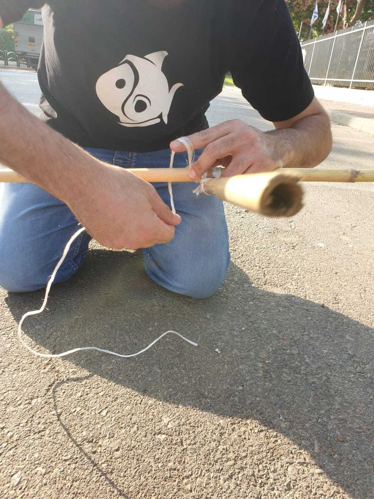 Picture of Final Clove Hitch + Overhand Knot