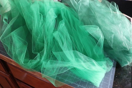 Cutting the Tulle