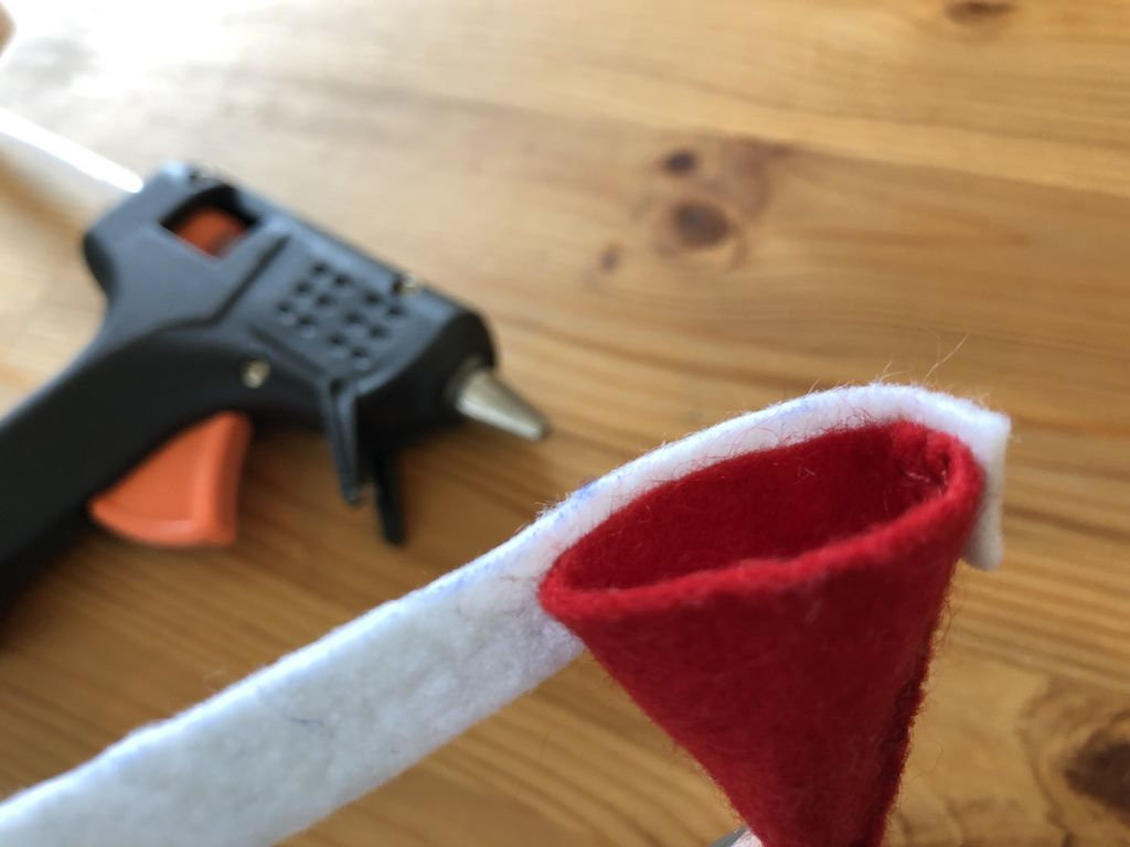 Picture of Make Your Hoiho's Santa Hat