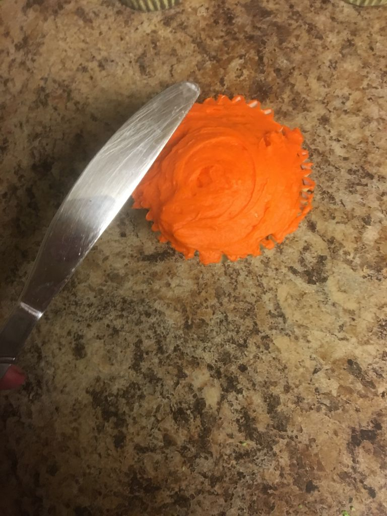Picture of Frosting Cupcake