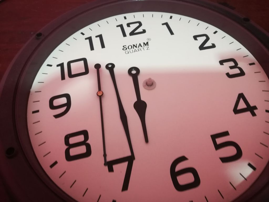 Easy Diy Infinity Mirror Clock 3 Steps