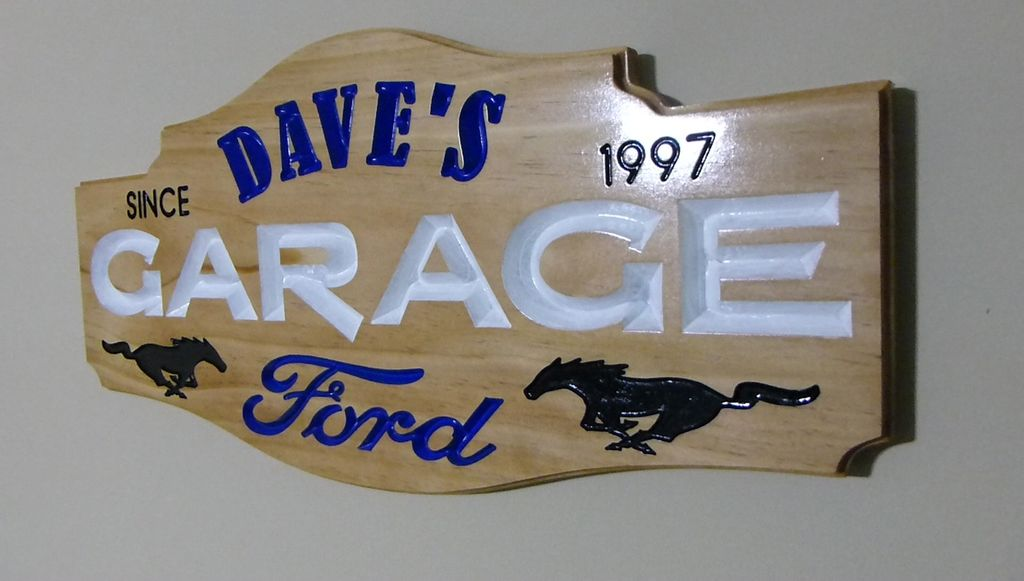 Picture of Personalized Garage Sign
