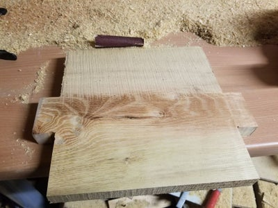 Finishing: Smoothing the Boards Using a Power Planer