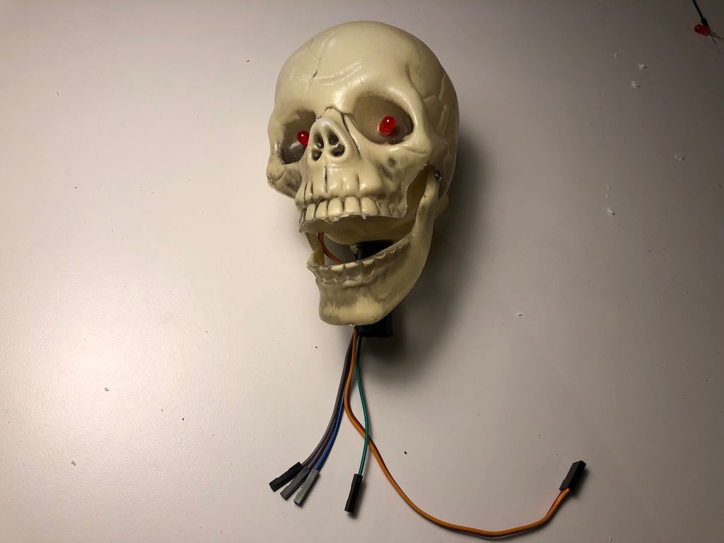 Picture of Connect the Servo Motor to Skully's Jaw