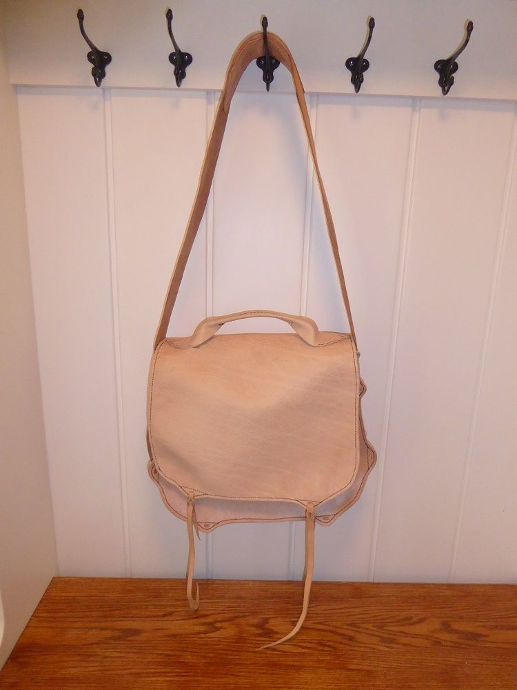 Picture of Leather Field Bag