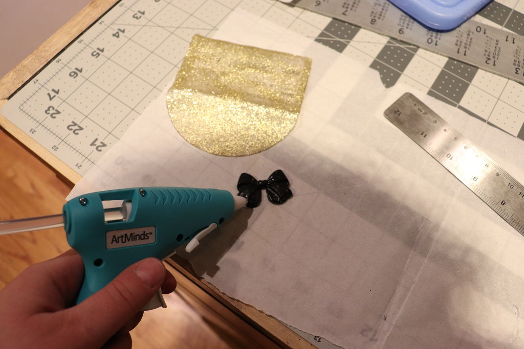 Picture of Glitter Card Holder: Finishing Touches