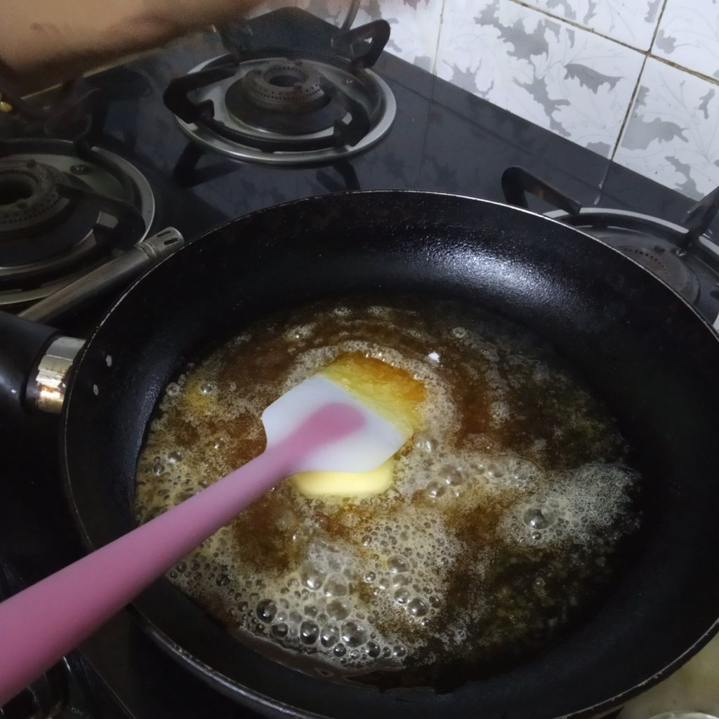 Picture of Caramel Making