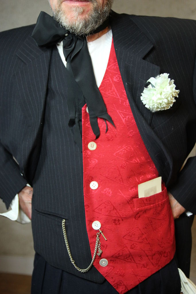 Picture of SUIT, SHOES, SOCKS & ACCESSORIES