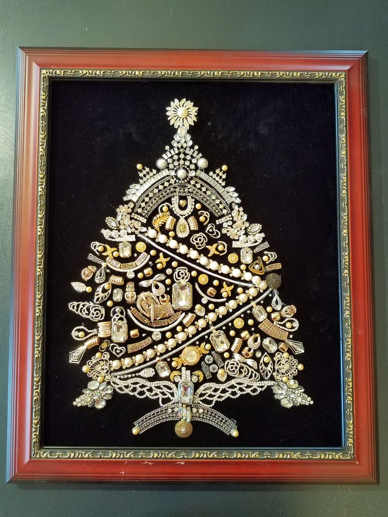 Picture of DIY Vintage Jeweled Christmas Tree