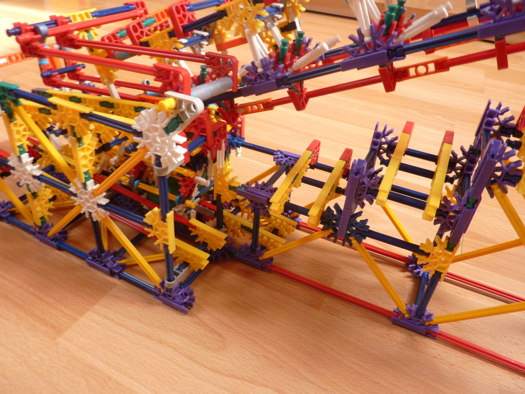 Picture of Shadow Separator, a Knex Ball Machine Path Separator