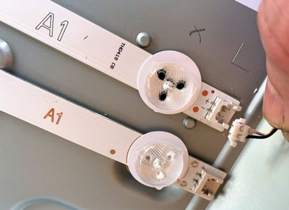 "LG 32"" LED TV LCD Changing LED Strips"