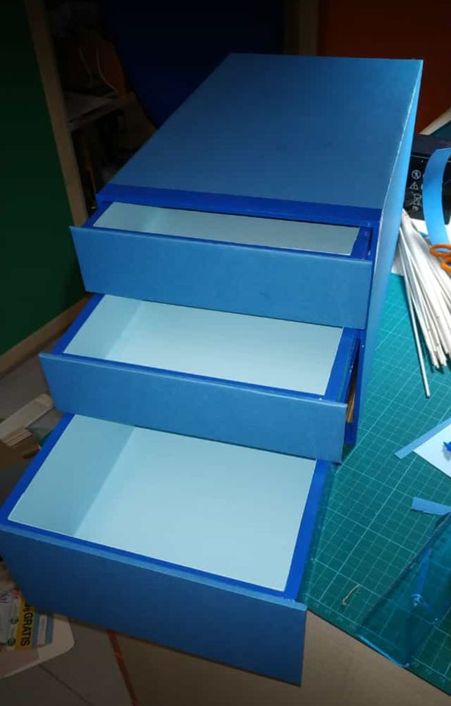 Picture of Covering With Colored Paper