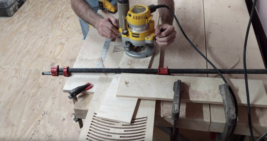 Picture of Cutting the Curved Slots