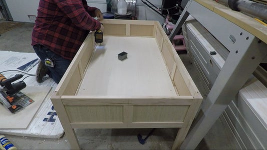 Building the Inside Box