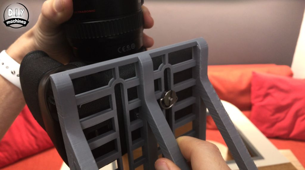 Picture of Mount the Camera