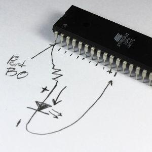 microcontrollerLEDcircuitdiagram - 300.JPG