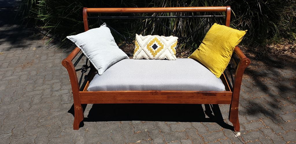 Picture of Convert an Old Bed Into a Bench Seat