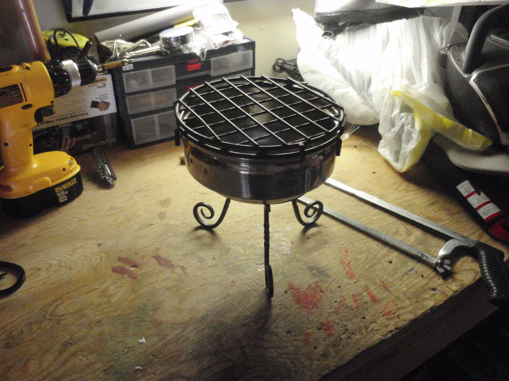 Picture of Small Fishing Grill