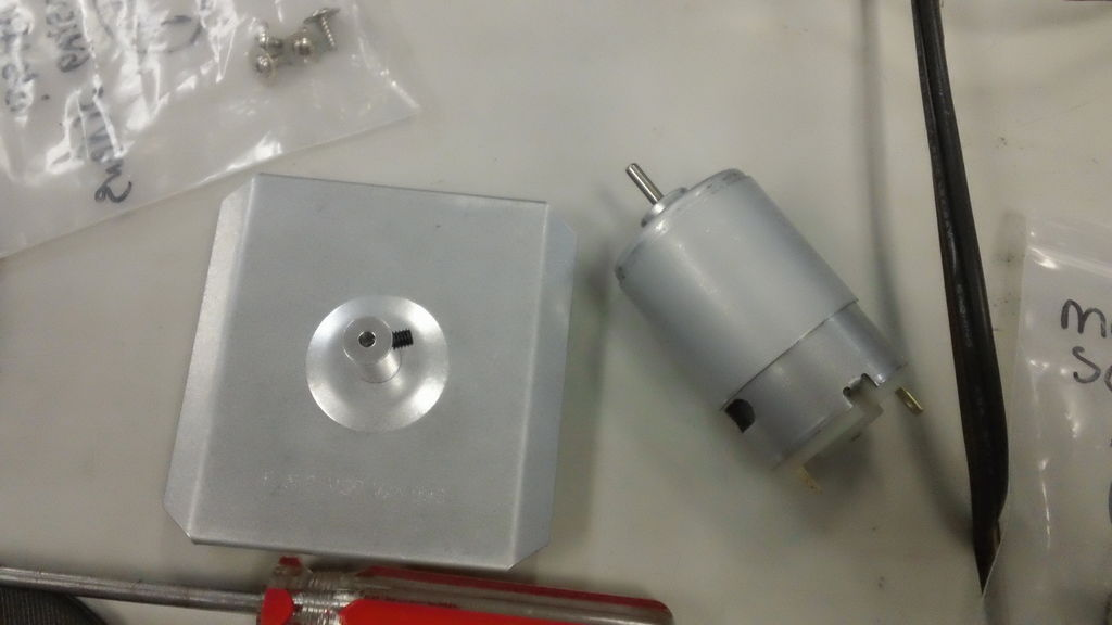 Picture of Motor and Slinging Plate