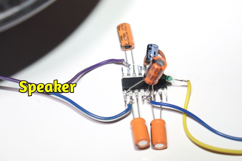 Picture of Connect Speaker Wire