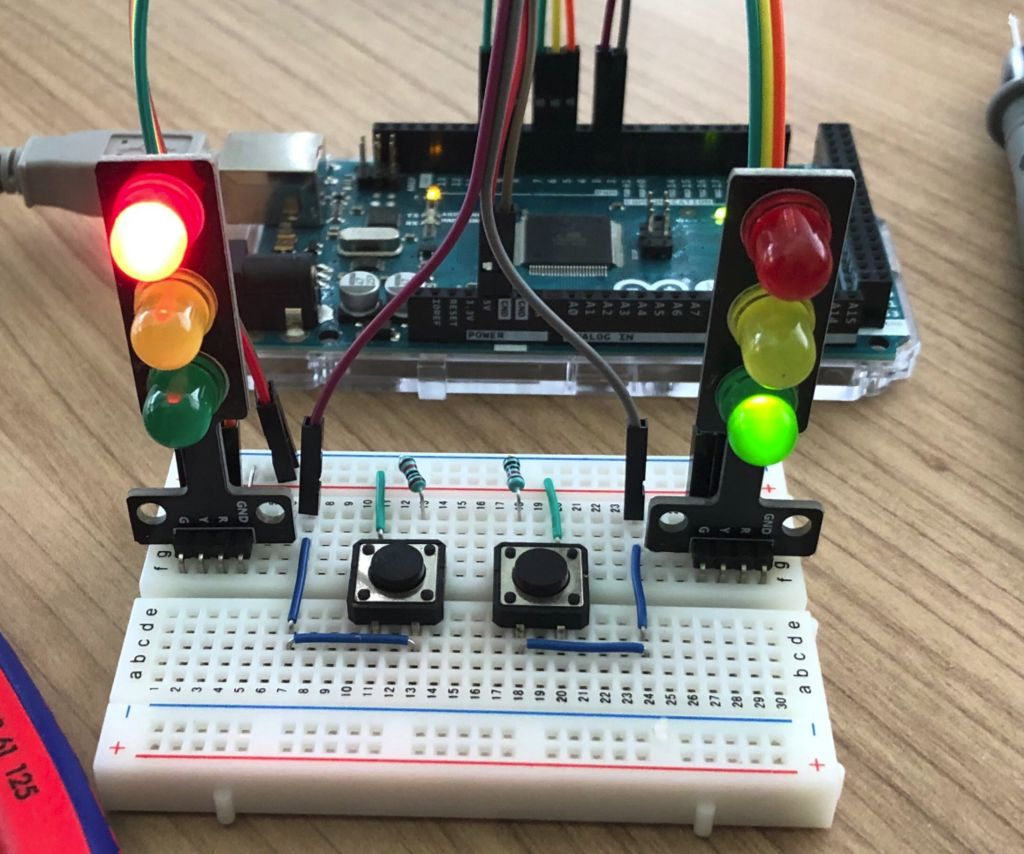 State Machine on Arduino - a Pedestrian Traffic Light