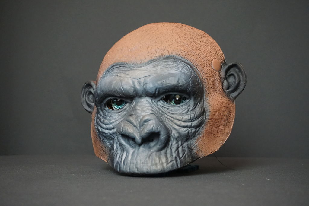 Picture of King Kong Mask With Animatronic Eyes
