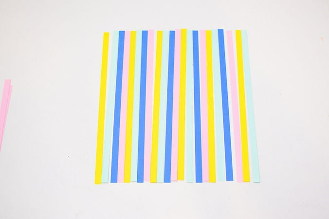 Picture of Arrange Each Strip in the Above Order and Repeating Until It Is the Size of an A4 Paper