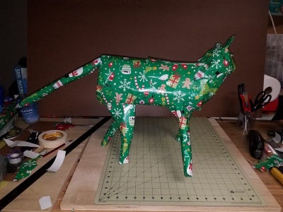 Cat-shaped Gift Wrapping