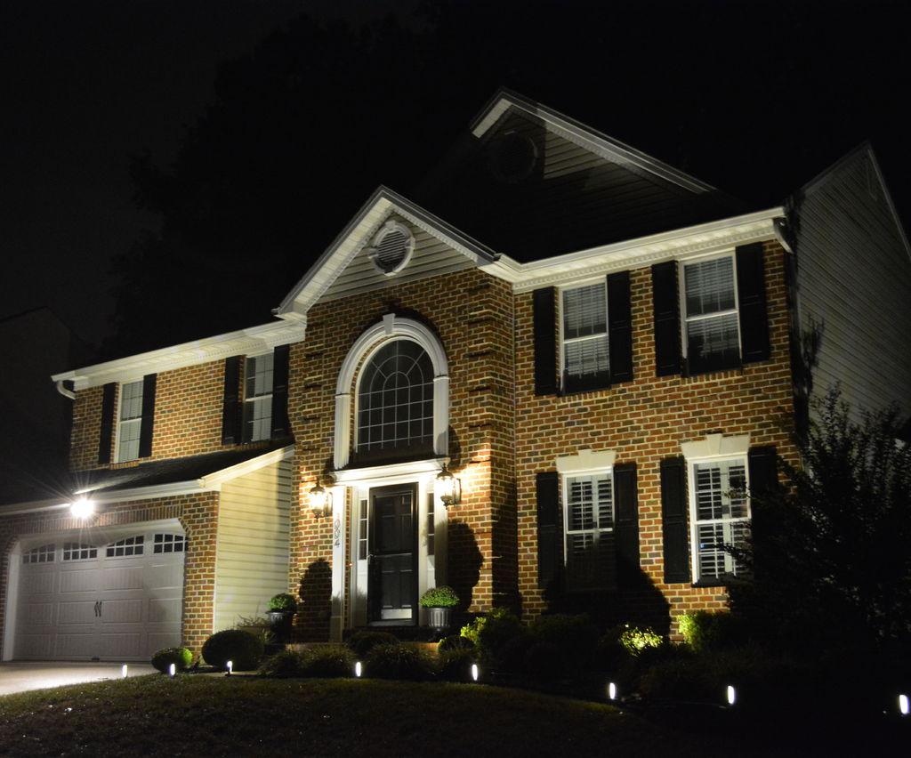 DIY Outdoor Landscape Lighting