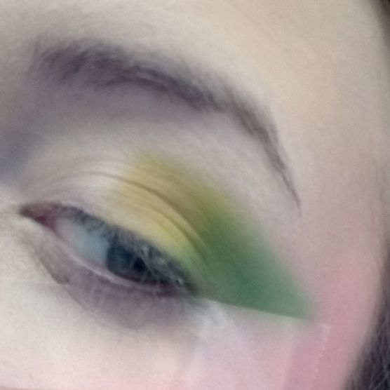 Picture of Adding Light Green Eyeshadow