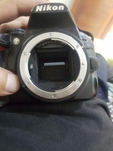 Nikon D3100 error press shutter release button again