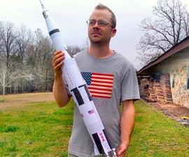 打印和组装土星五号月球火箭- 1:96比例纸模型